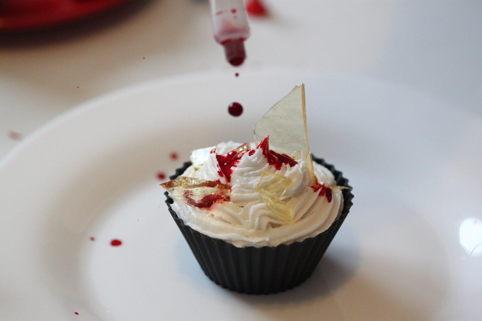 La Fabrique - Cupcakes ensanglantés verre en sucre 9