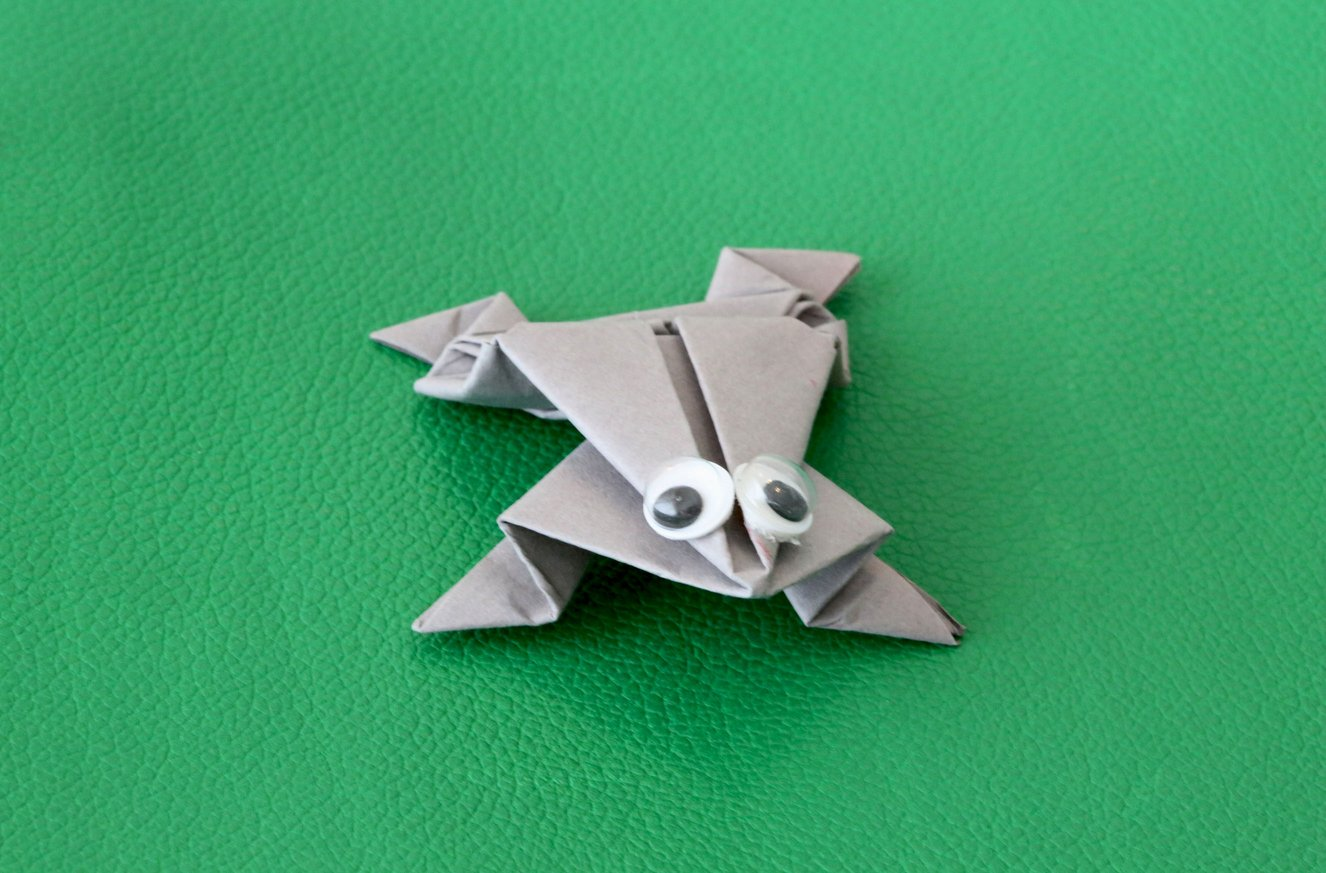 Grenouille en origami