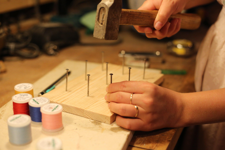 Porte bobines de fil la fabrique diy for Fabriquer un porte buche