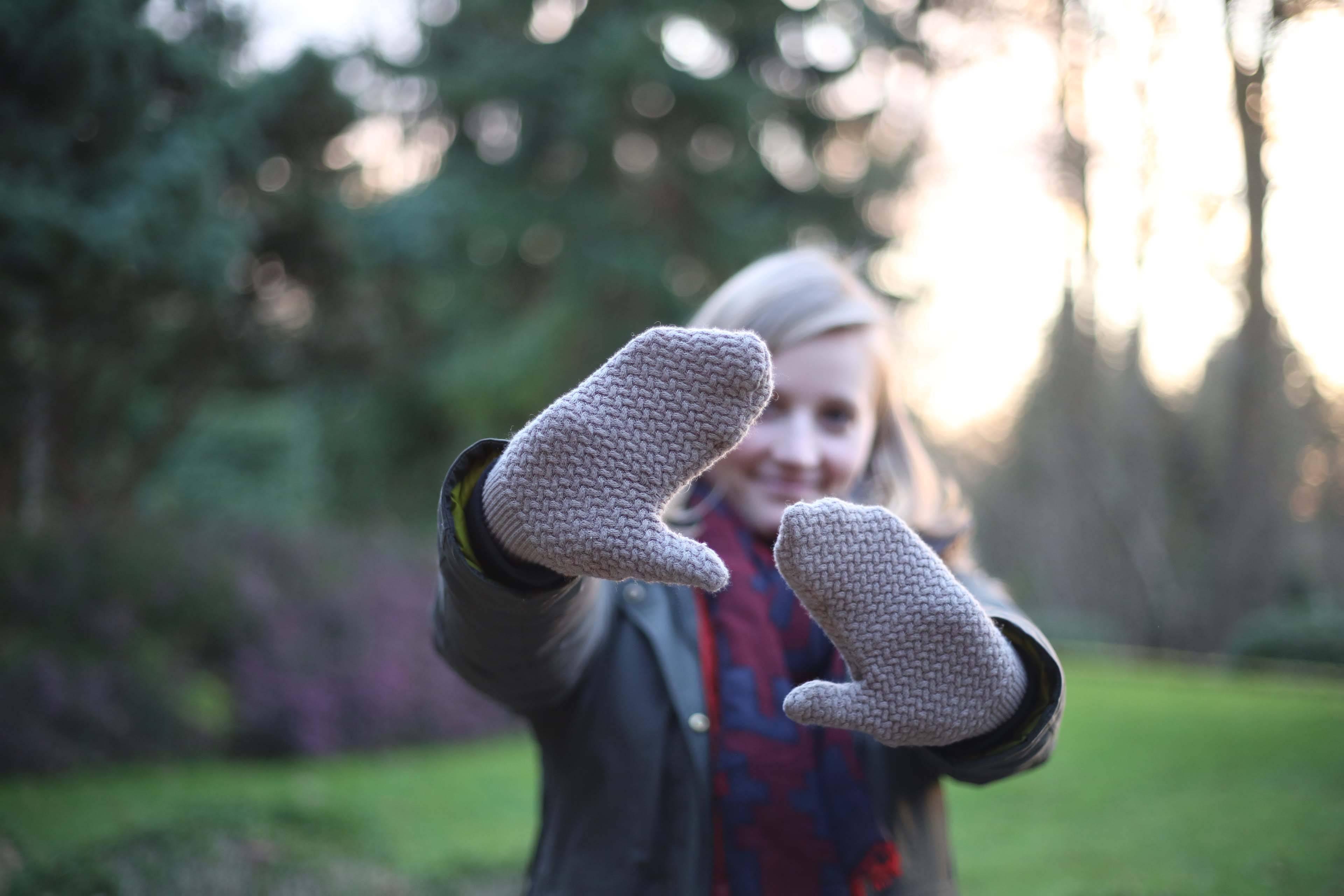 Photo principale de Récup un pull pour en faire des moufles