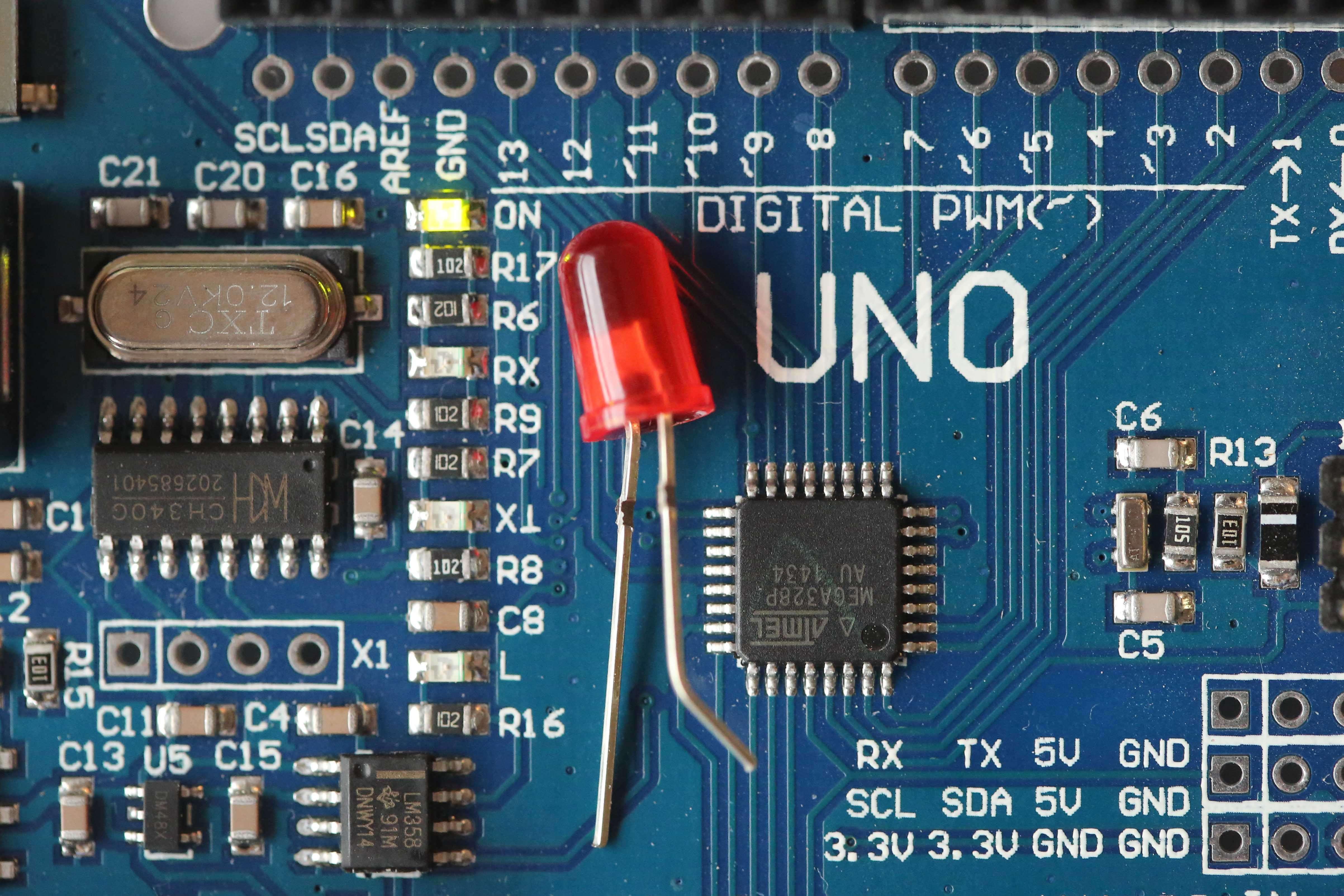 Faire clignoter une LED #Arduino1